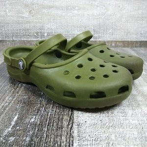 CROCS Womens Sz 7 Green Clog Slip On Sandal